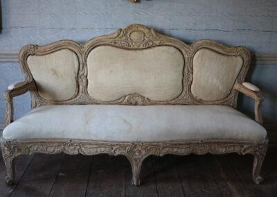 Item no17, Sofa rococo